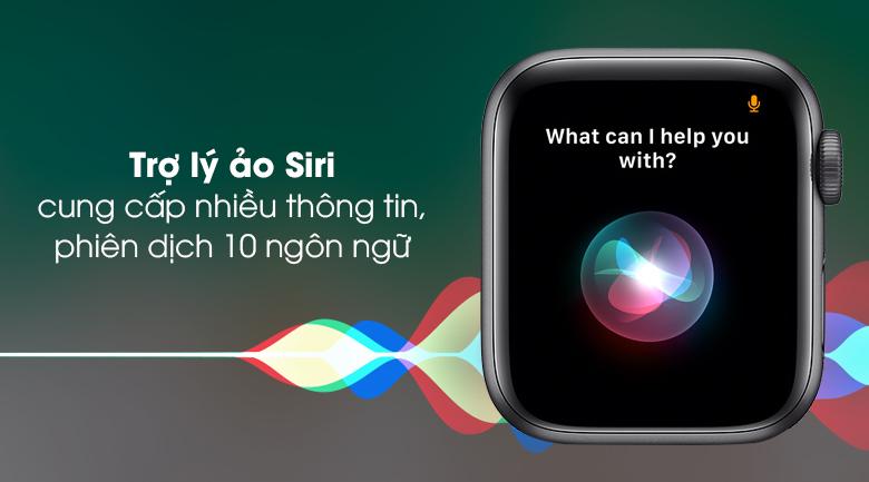 Apple Watch SE 44mm viền nhôm dây cao su trợ giúp người đeo qua tính năng trợ lý Siri