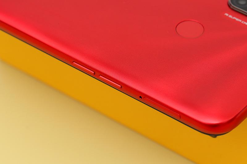 Điện thoại Realme C3 | Cạnh viền trái